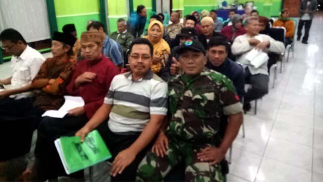 Babinsa Desa Sisir Hadir di Pemilihan Ketua LPMK