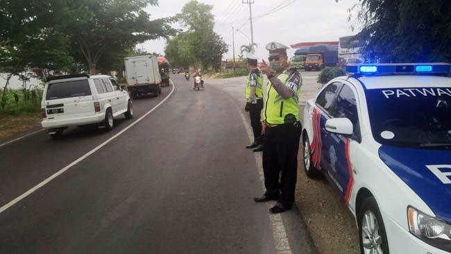 Cegah Kecelakaan, Satlantas Polres Situbondo Intensifkan Patroli di Kawasan Rawan Laka
