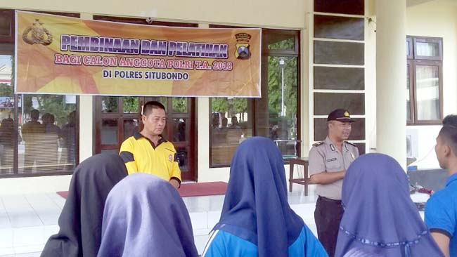 Kabag Sumda Polres Situbondo Berikan Pembinaan kepada Calon Pendaftar Anggota Polri TA 2018
