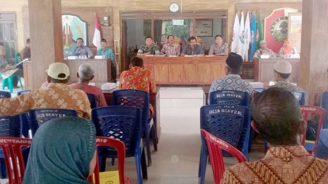 Babinsa Koramil 081508 Dawarblandong Ikuti RAT PUEM Maju Makmur Desa Brayublandong