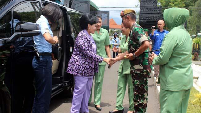 Istri Panglima TNI Kunjungi Pusdik Arhanud Karangploso