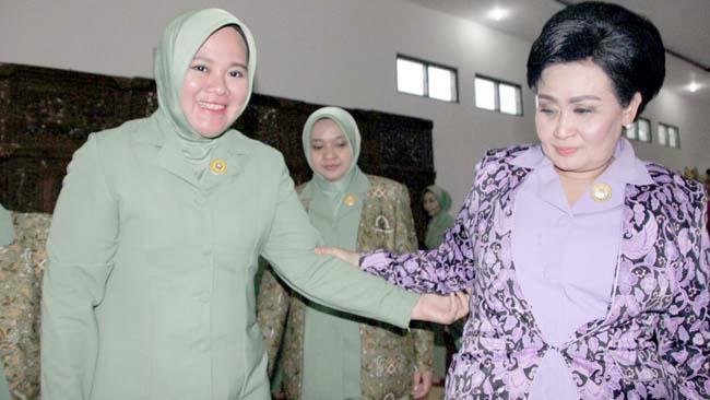 Ketua Umum Persit Dharma Pertiwi Kunjungi Yon Zipur 5 ABW Malang