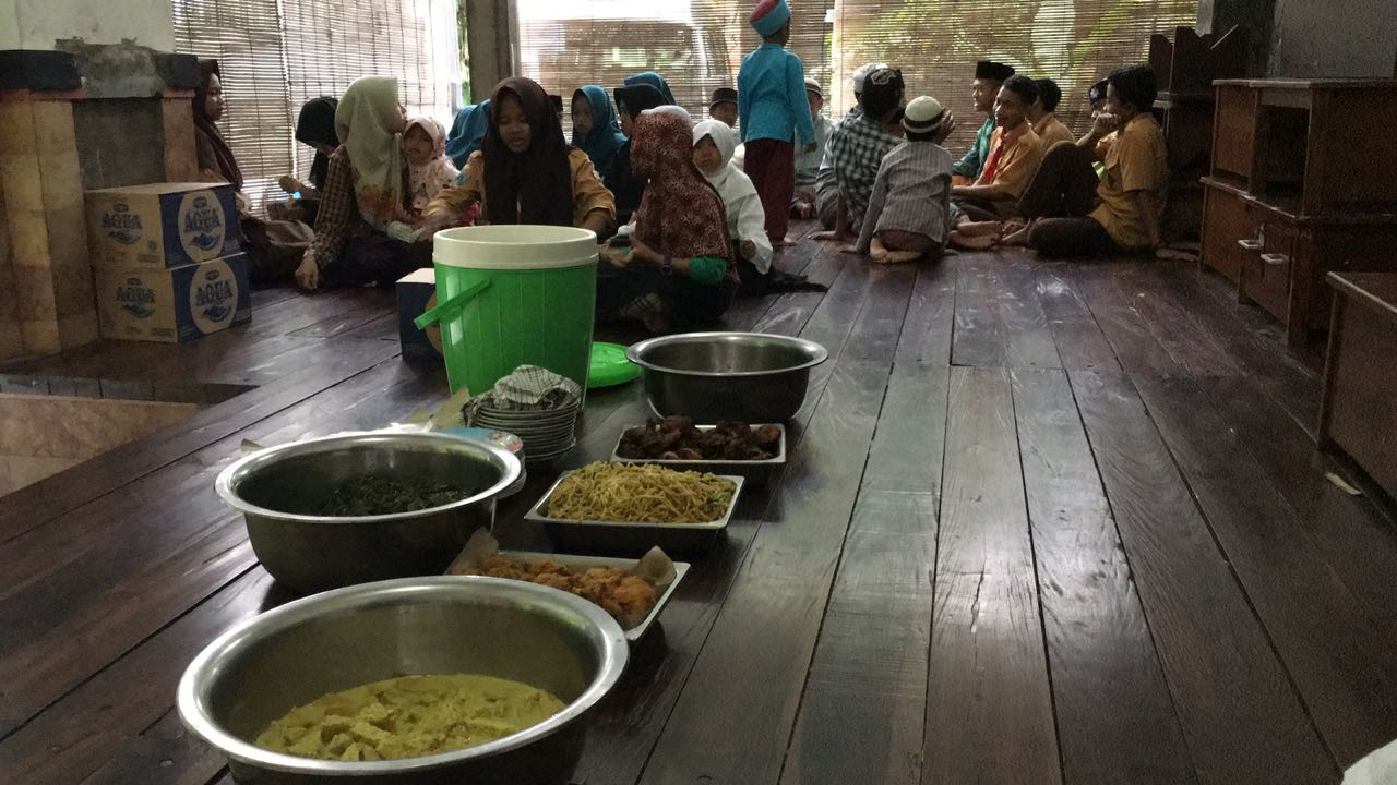 Salah Satu Acara Santunan Yatim Piatu (H Mansyur Usman)