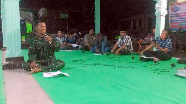 Danramil Mlandingan Berikan Wawasan Kebangsaan ke Masyarakat Desa Silomukti