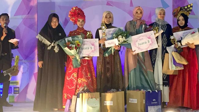 Fashion Show Competition Event Beauty of Ethnic Nusantara
