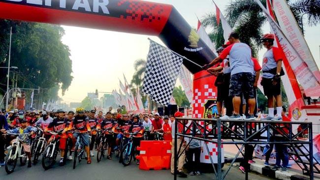 Ribuan Biker Jelajahi Bumi Bung Karno