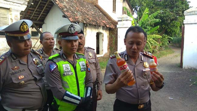 Polisi Penjual Madu Kembangkan Binmas Pioner Ajak Masyarakat Lestarikan Alam