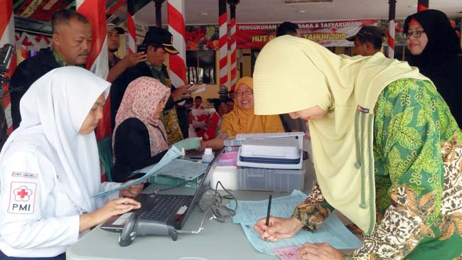 Peduli Lombok dan NTB warga Tanggul Istigosah dan Donor Darah