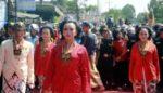 Peringati Satu Suro, Ribuan Warga Kediri Ziarah ke Sri Aji Jayabaya