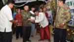 Turut Berduka Mendalam, Bupati Sidoarjo Takziyah ke Rumah Korban Lion Air