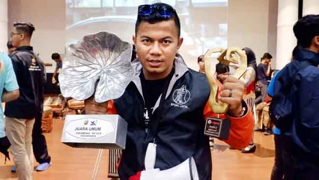M Abdul Wahid, Meski Suka Pop Rock, Juarai Peksiminas Kategori Dangdut
