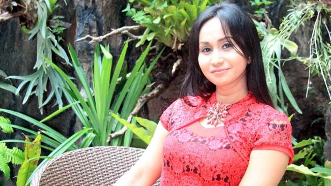Evi Rahma Wahyuni, Menyelam Sambil Minum Air