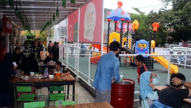 Taman Jajan Al Fatih Tawarkan Konsep Ramah Anak dan Lingkungan