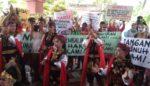 Seniman THR Surabaya, Protes Gedung Kesenian Ditutup Pemkot