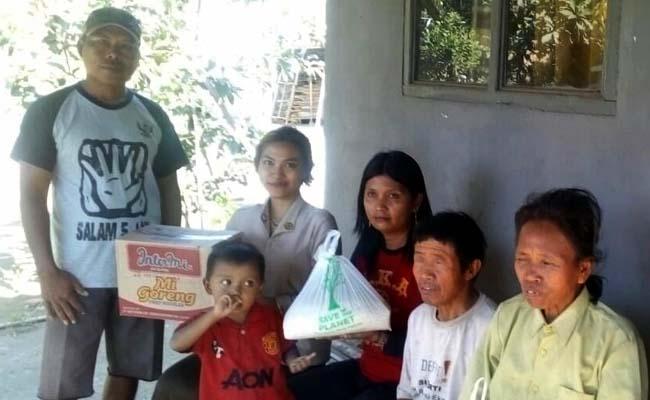 Pasutri warga miskin yang sama mengalami Kebutaan ketika menerima sumbangan. (rir)