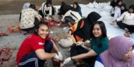 Polres Malang Kota  Korban 5 Sapi dan 17 Kambing, Polwan-Polwan Cantik Turut Potong Daging