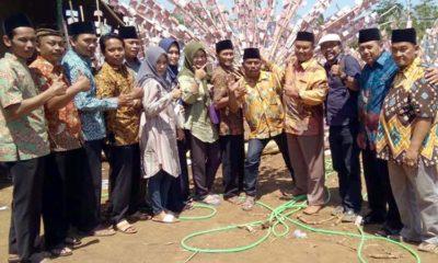 H Abdul Rohman Kepala Desa Sumberejo Jemput Tamu Undangan. (sur)
